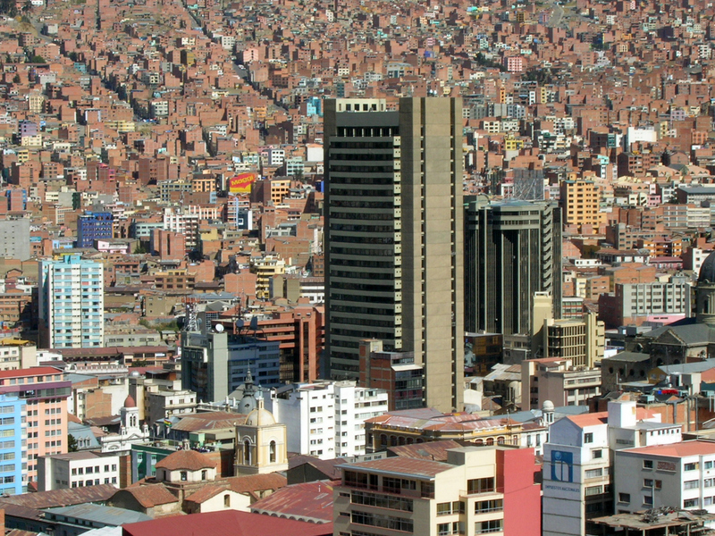Bolivian Central Bank in the middle