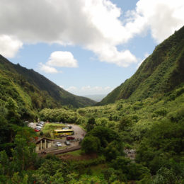 Iao Valley State Park and Iao Needle