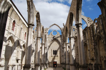 Carmo Convent, Lisbon Portugal - photography by Jenny SW Lee