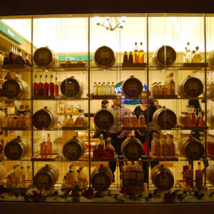 VOM FASS store at The Venetian with free whiskey tasting, showing the barrels at the windows.