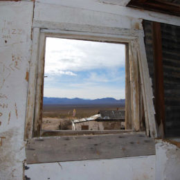 Rhyolite ghost town - photography by Jenny SW Lee