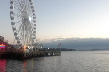 Seattle Great Wheel waterfront | Photography Jenny S.W. Lee