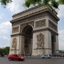 Arc de Triomphe, Paris | Photography by Jenny S.W. Lee
